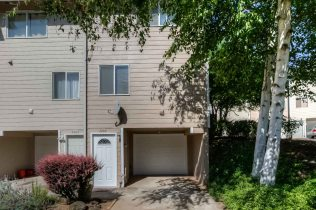 Seller Rep 2200 Maplewood